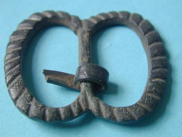 Belt buckle found in Olney 1450-1600