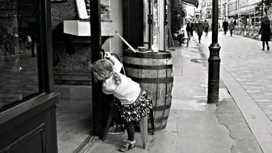 Girl Looking in Shop 16-9