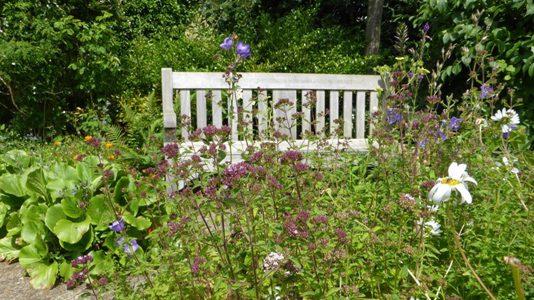 garden-seat2-16-9